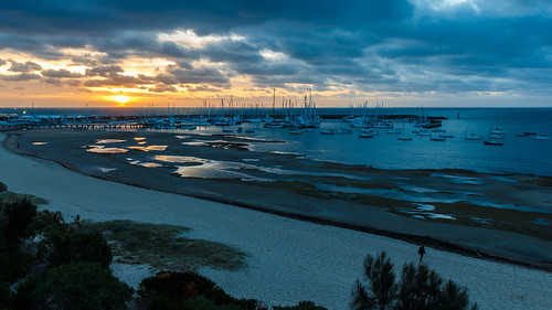 sunset cloud sun reflection beach water pool clouds port marina canon landscape boats bay coast pier boat seaside sand cloudy yacht outdoor jetty au australia melbourne victoria pools shore sandringham phillip yachts hampton dslr breakwater portphillipbay 70d canon70d sandringhammarina
