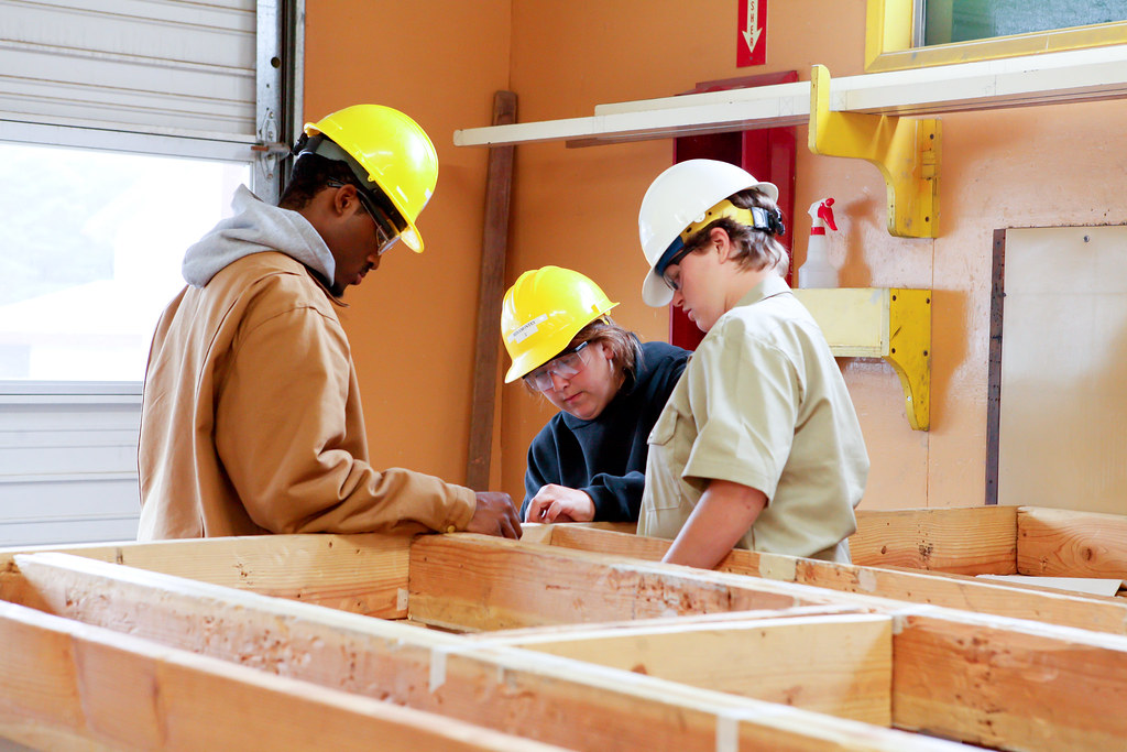 Angell Job Corps Carpentry Students, Siuslaw National Forest