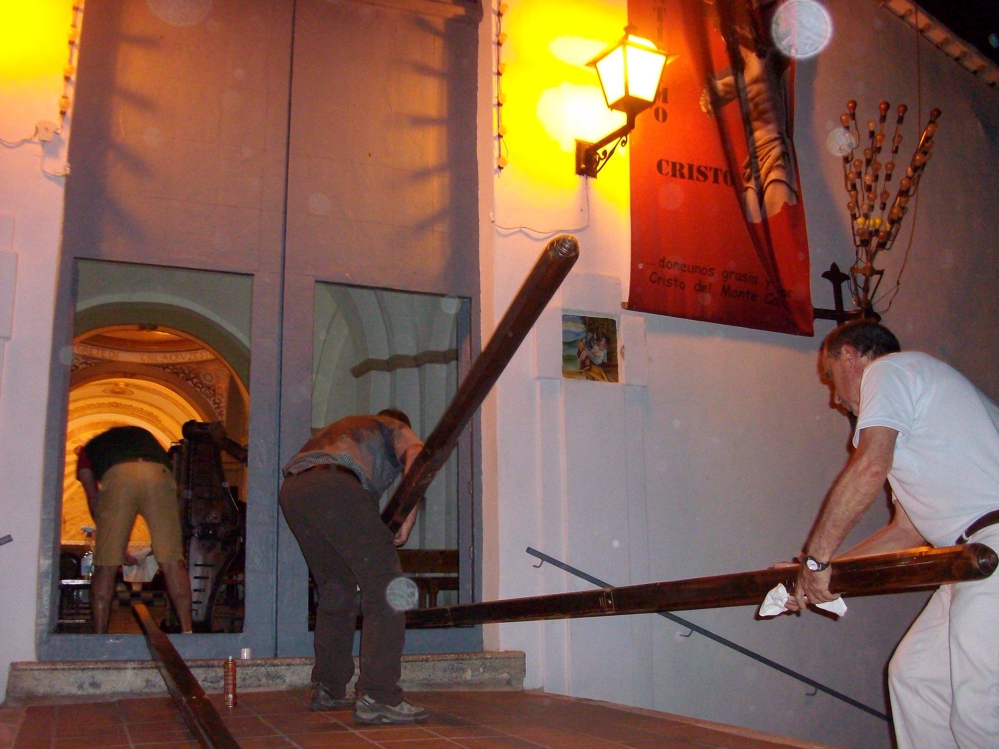 (2011-06-22) - Preparativos Imagen - José Vicente Romero Ripoll (01)