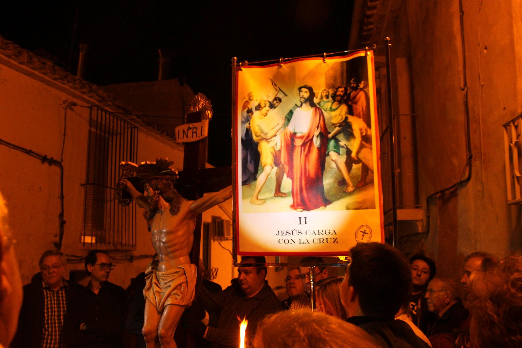 (2014-04-01) -  V Vía Crucis nocturno - Javier Romero Ripoll (21)
