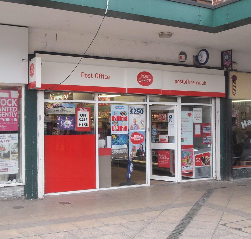 Houghton Regis Post Office