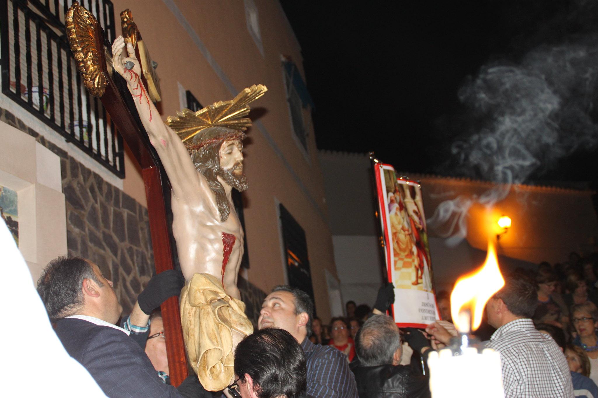 (2014-04-01) -  V Vía Crucis nocturno - Javier Romero Ripoll (17)