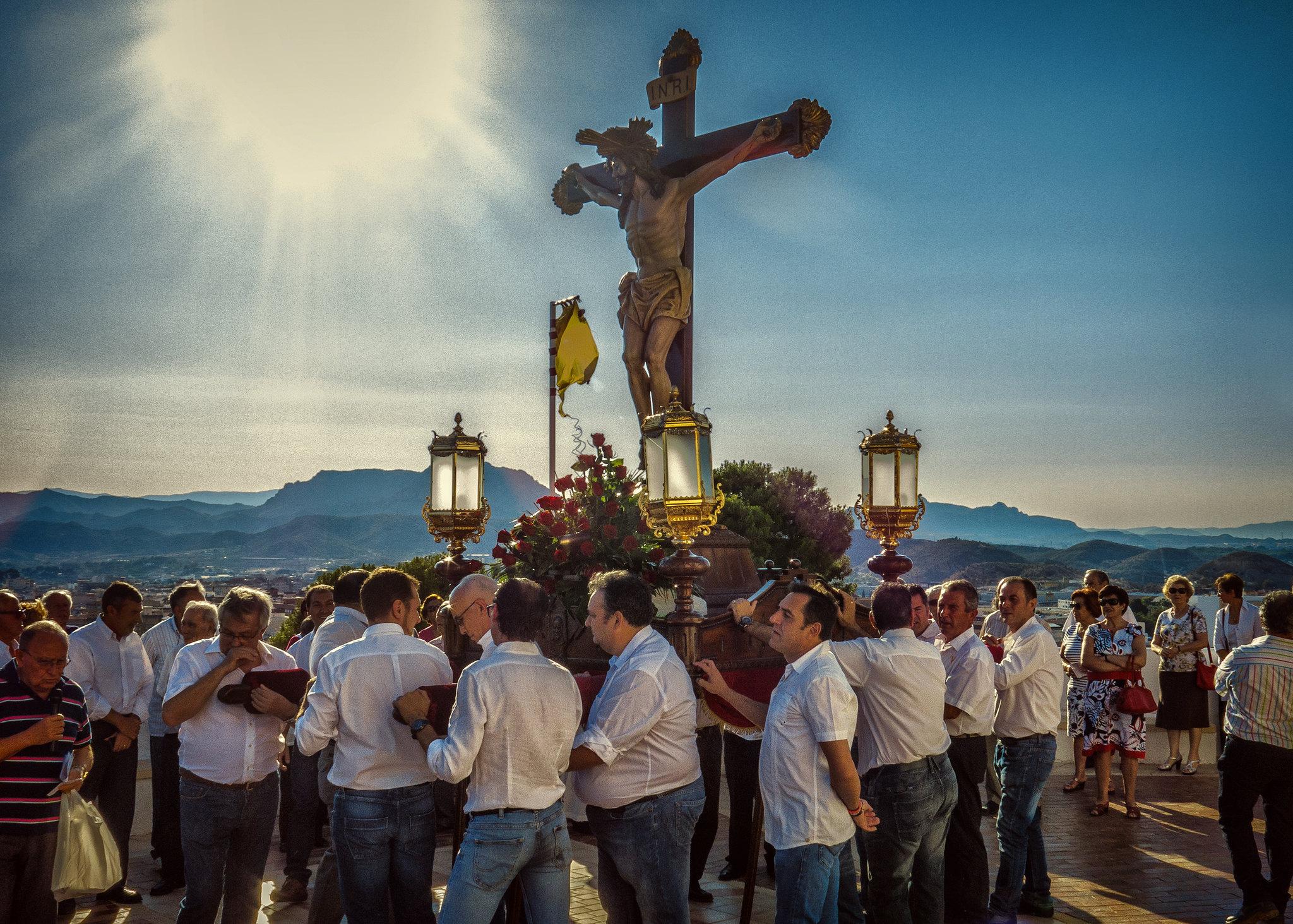 (2014-06-27) - Bajada Vía Crucis - Luis Poveda Galiano (02)