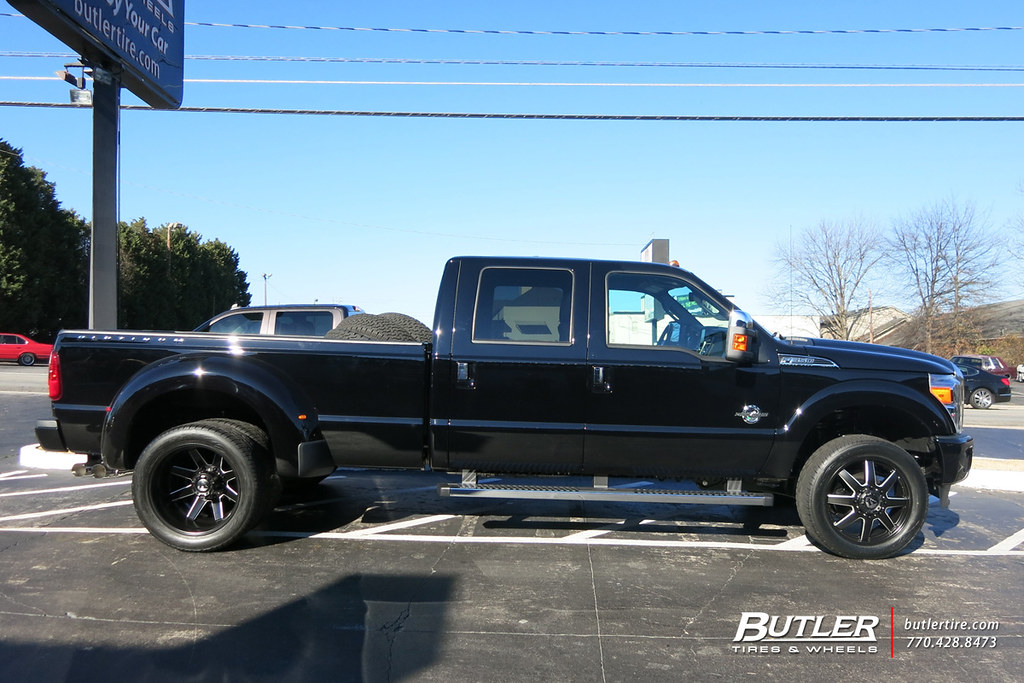 Fuel Dually Wheels >> Ford F350 Dually with 22in Fuel Maverick Dually Wheels and ...