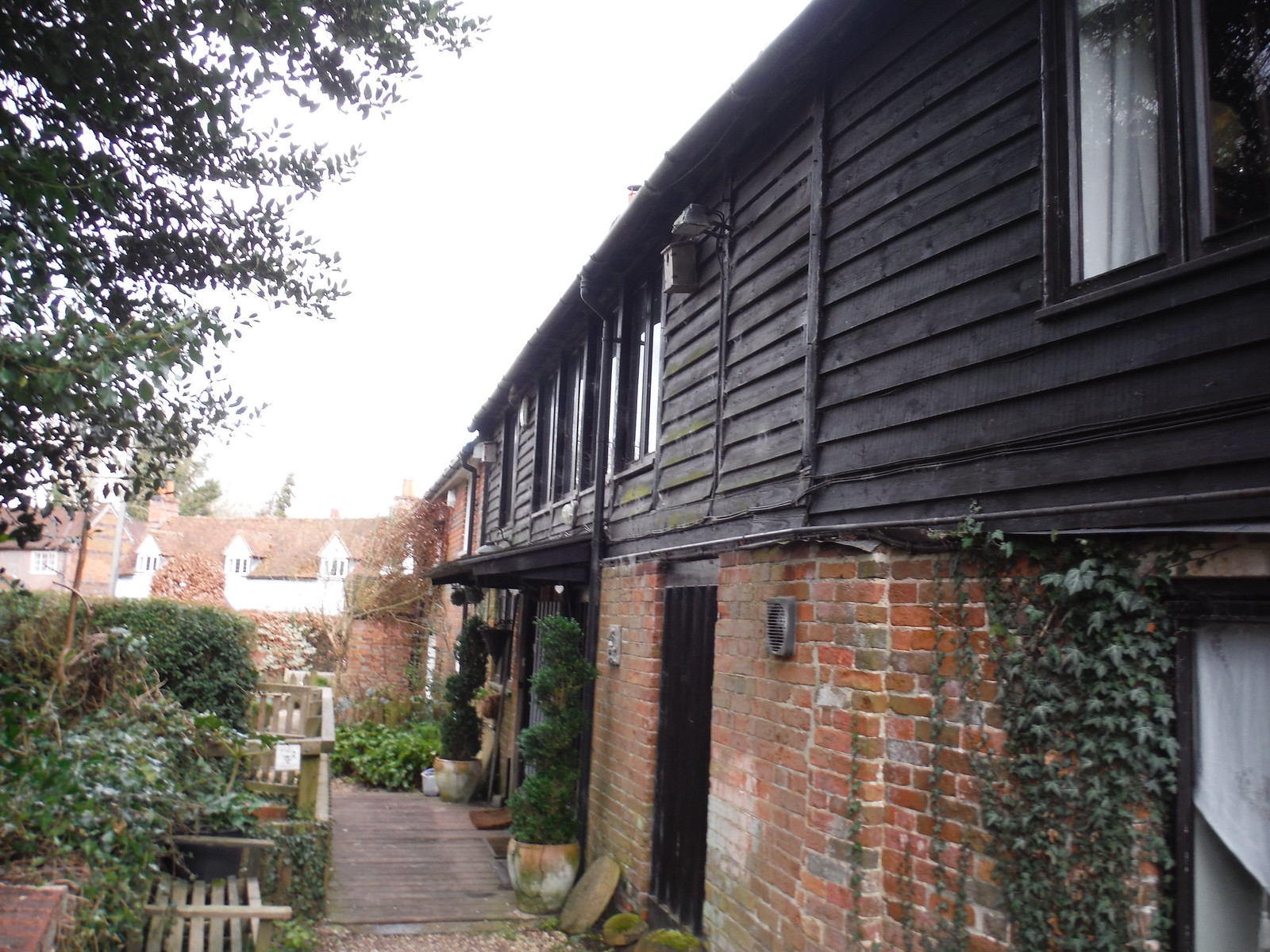 The Mill house, Stanford Dingley SWC Walk 117 Aldermaston to Woolhampton (via Stanford Dingley)