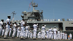 USS Blue Ridge (LCC 19) is greeted by the Sri Lanka Navy Band as the U.S. 7th Fleet flagship arrives in Colombo for a port visit. (Photo courtesy of U.S. Embassy Sri Lanka)