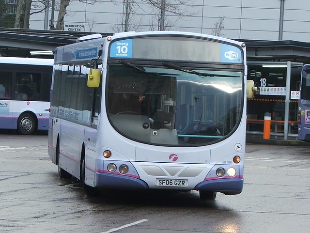 First Glasgow SF06 GZR - 69106
