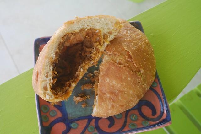 土, 2015-12-12 11:22 - Delon's Roti