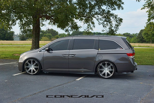 Honda Odyssey on CW-S8 Matte Grey Machined Face | by Concavo Wheels