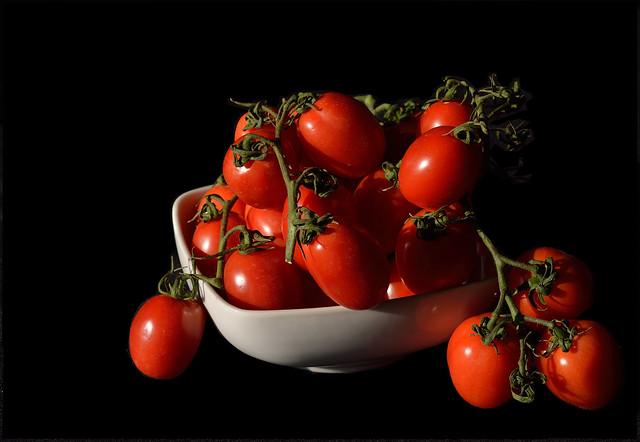 DSC_6239_2452. Pomidori a grappolo - Bunch tomatoes.