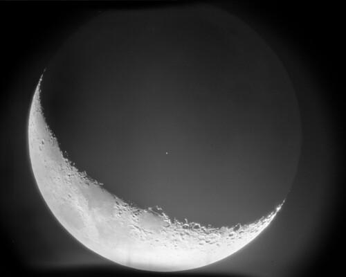 Earthshine (test image)   by jackdoerner