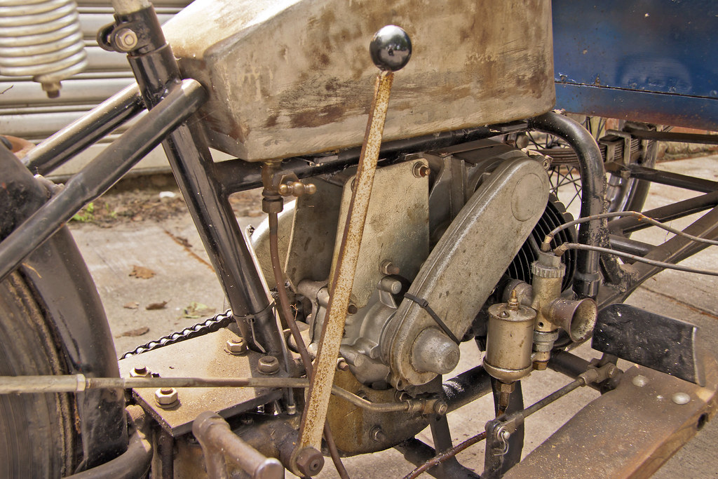 Homemade tricycle engine (3081)