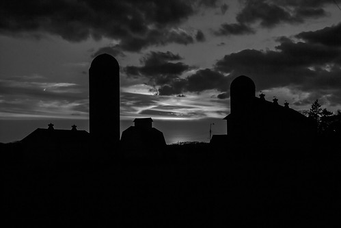 sunset blackandwhite bw silhouette wisconsin clouds barn rural evening countryside day farm farming barns silo silos agriculture wi farmstead