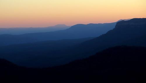blue light sunset mountains landscape evening scenery dusk sydney australia bluemountains peterch51