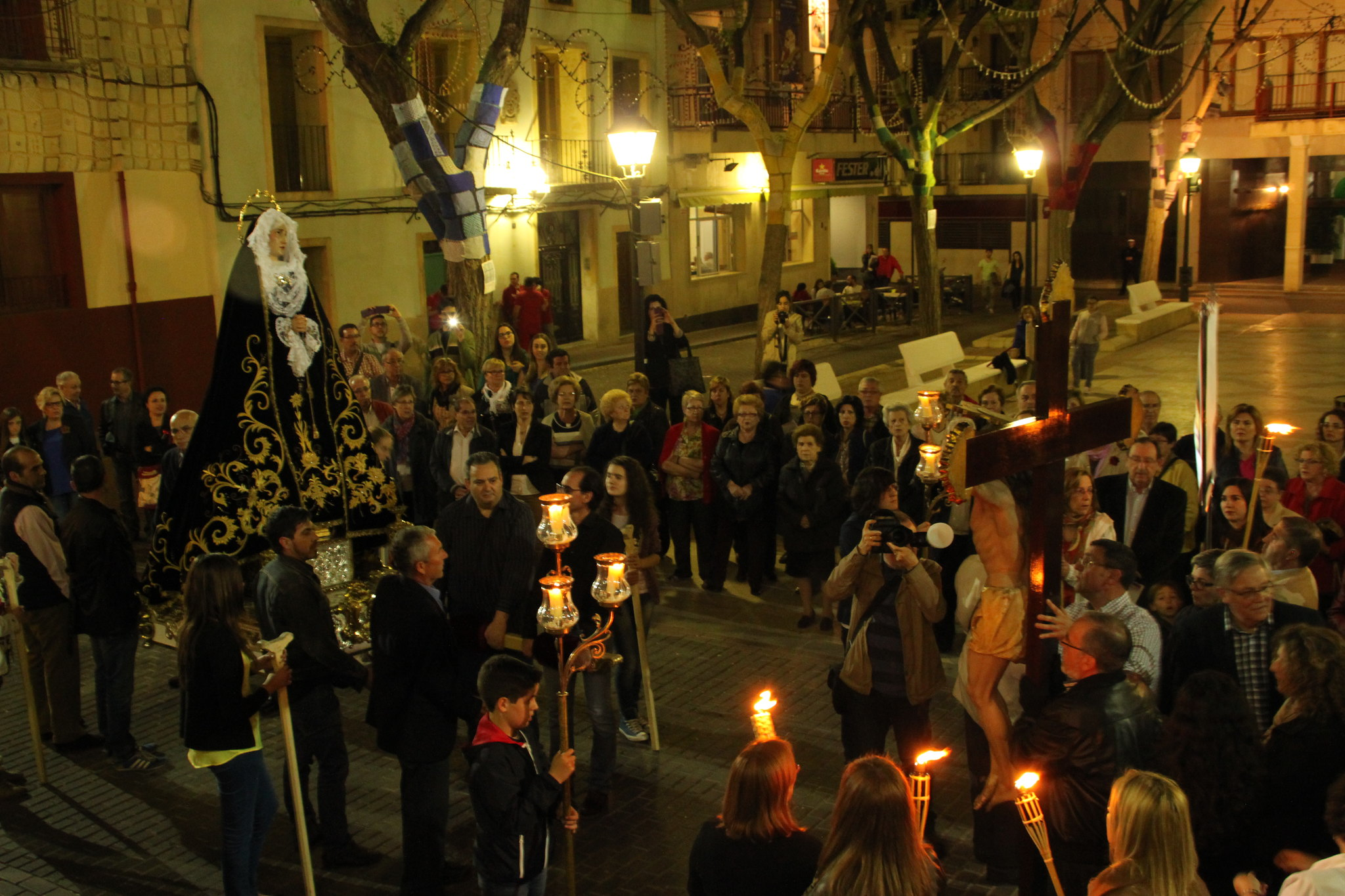 (2014-04-01) -  V Vía Crucis nocturno - Javier Romero Ripoll (62)
