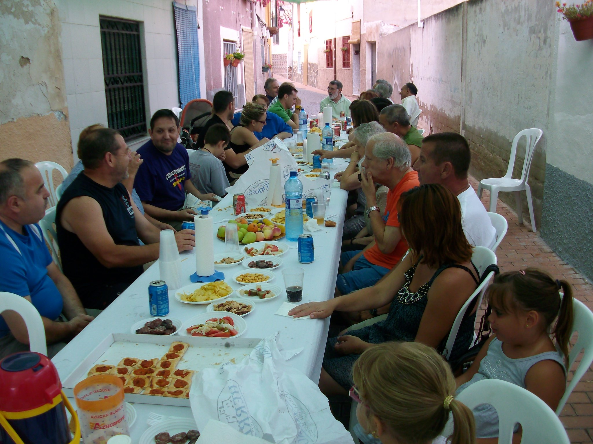 (2011-07-03) Almuerzo calle Cristo - José Vicente Romero Ripoll (04)