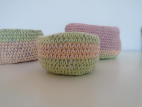 little crochet basket   by woolapple
