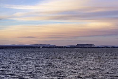 lake water sunrise see spring wind windy sonnenaufgang springtime frühling steinhudermeer