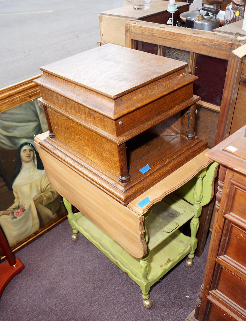 Sale at Castle Rock Mercantile Antique Mall DSC01420