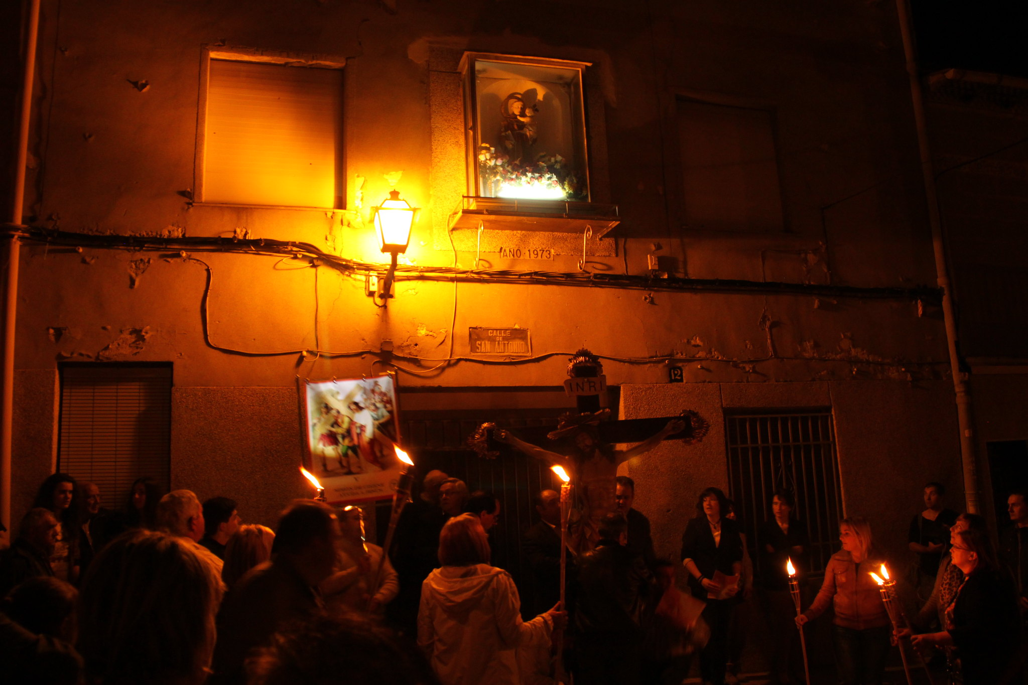 (2014-04-01) -  V Vía Crucis nocturno - Javier Romero Ripoll (31)