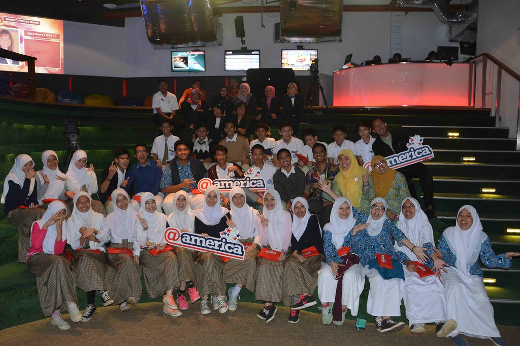 Schools@america: Syafana Islamic School & SMPN 2 Cileunyi   Flickr