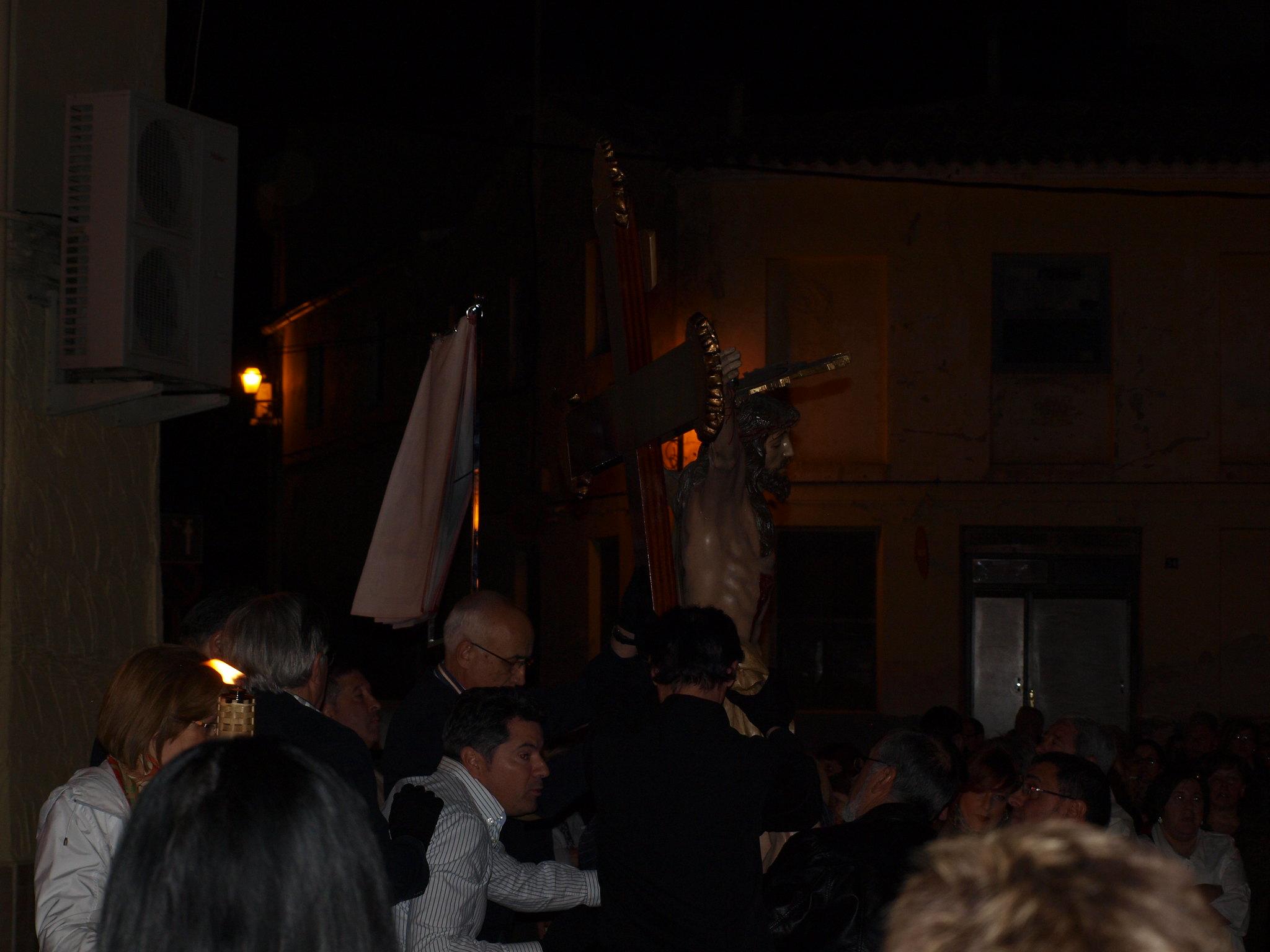 (2014-04-01) - V Vía Crucis nocturno - Paloma Romero Torralba (01)