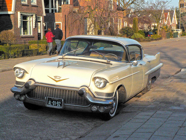 Cadillac Sixty Special Fleetwood 1957* (1020034)