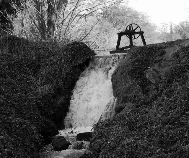 Waterfall in black and white.