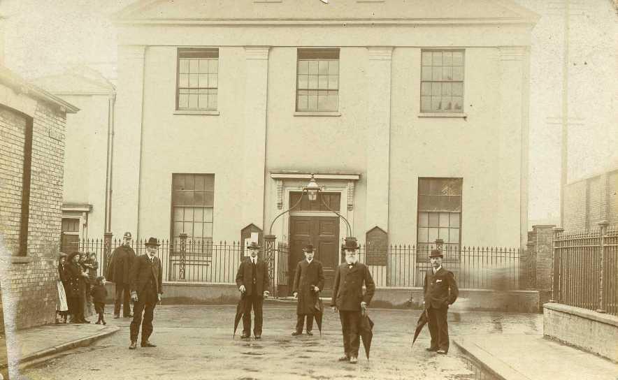 Well Lane Baptist Chapel, Beverley c.1900 (archive ref PO-1-14-4)