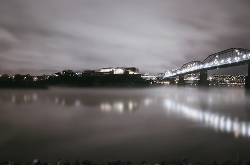 sky cold reflection fog night clouds lights evening haze flickr moody cloudy horizon shoreline rocky northshore walnutstreetbridge atmospheric flares tennesseeriver bluffviewartdistrict chattanoogatennessee huntermuseumofamericanart maclellanisland