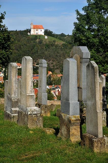 Dolní Kounice - kaple sv. Antonína od židovského hřbitova