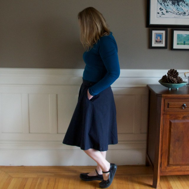 Hollyburn skirt sideview