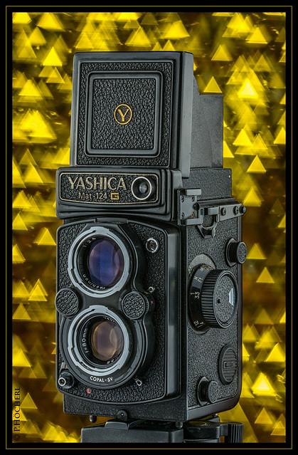 Yashica Mat 124 G