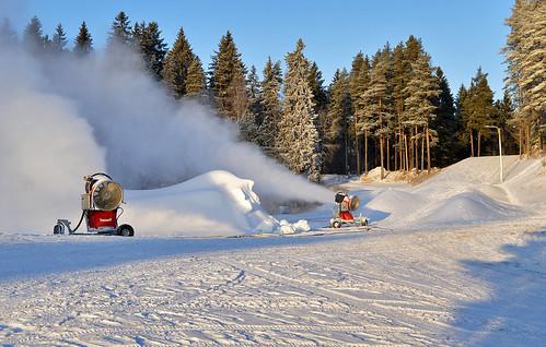 winter talvi cold loppiainen pakkanen snow suomi finland snowgun lumetus lumitykki frost nikon landscape maisema nature luonto weather sää keinolumi d3200 nikond3200 europe