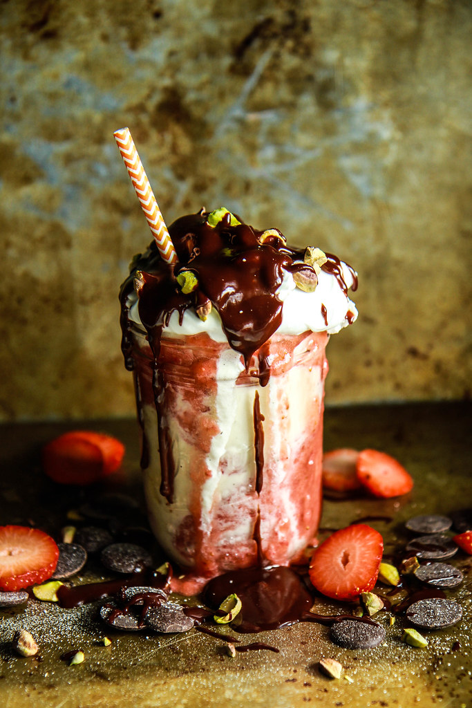 Boozey Roasted Strawberry and Chocolate Ice Cream Sundae- Vegan- HeatherChristo.com