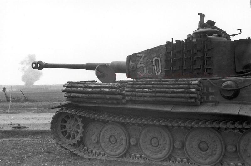 Foto de combate original de un tanque de tigre