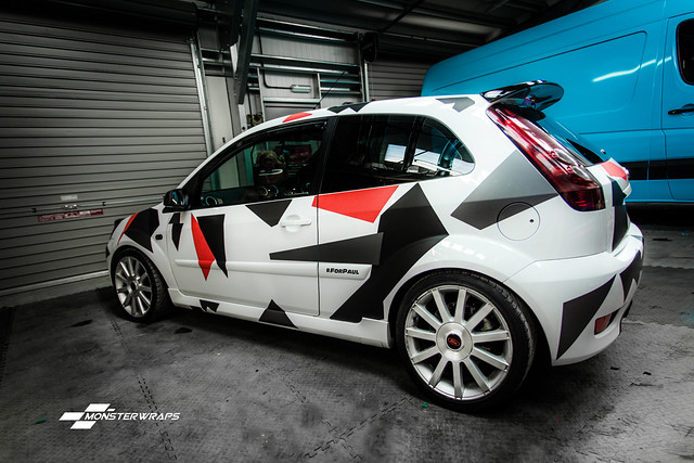 Ford Fiesta ST Custom camo wrap