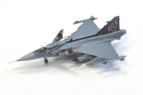 1:72 Revell JAS-39C Gripen | by FlintstoneStargazer