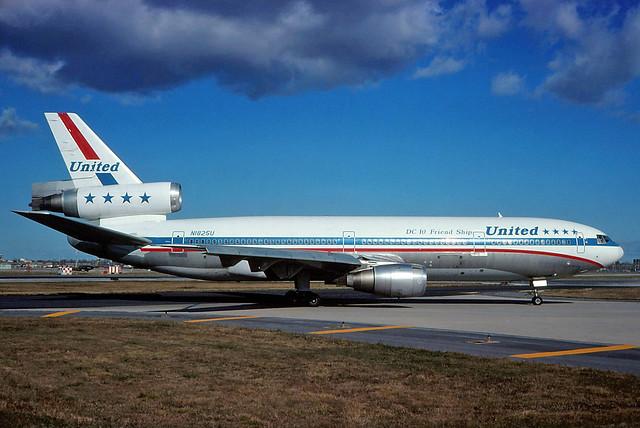 N1825U United DC-10-10 at KORD