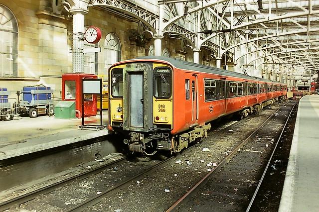 BRITISH RAIL 318266