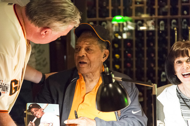 65/2016 - Willie Mays Book Signing