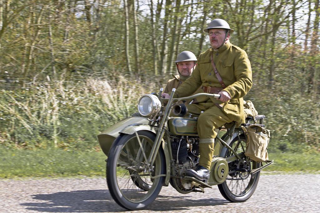 Harley-Davidson 18-JD 1918 + sidecar (6648)