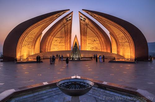 travel pakistan monument horizontal architecture outdoors asia landmark pk islamabad colorimage islamicculture indiansubcontinent pakistanmonument islamabadcapitalterritory