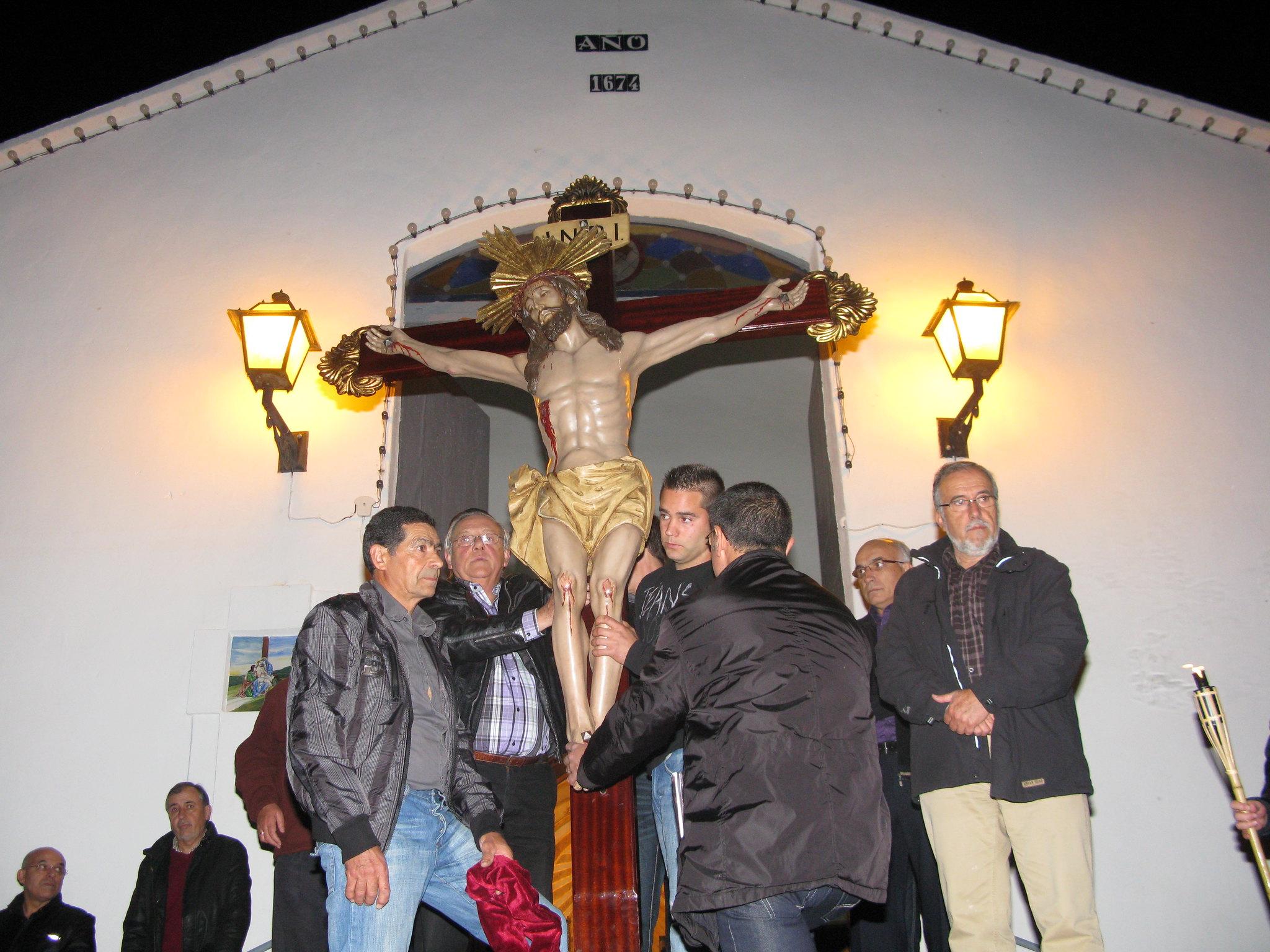 (2011-04-15) - II Vía Crucis nocturno -  Antonio Verdú Navarro (05)