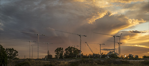 sunset storm industry weather clouds construction scenery crane stadium sony scenic australia wideangle alpha za westernaustralia burswood carlzeiss a99 sal1635z variosonnar163528za variosonnart281635 slta99 stevekphotography