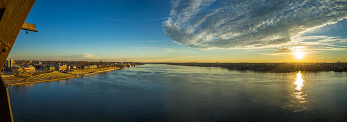 Panoramic Sunrise over Kentucky and Indiana | by StevenW.