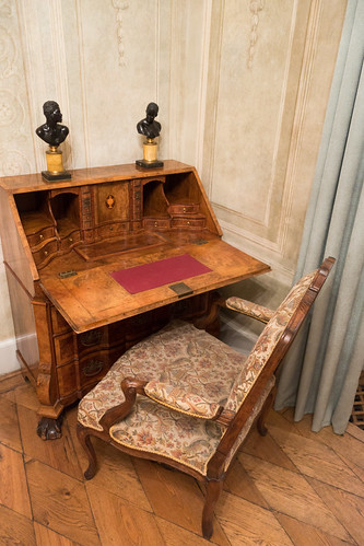 Antique writing desk 2 | by quinet
