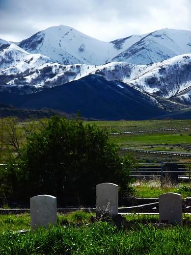 snow cemetery grave stone spring headstone peak ridge magna saltlakevalley oquirrh kesslerpeak lebarodea