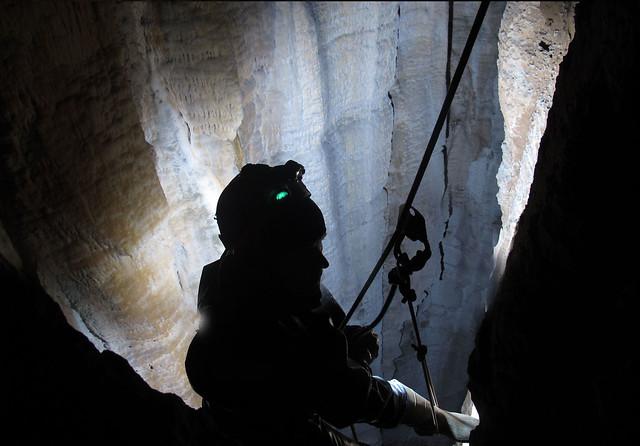 boomerang cave