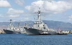 USS Momsen (DDG 92) arrives at Joint Base Pearl Harbor-Hickam April 25 as part of a port visit by a Pacific Surface Action Group deploying to U.S. 7th Fleet. (U.S. Navy/MC3 Katarzyna Kobiljak)